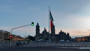 Resguardan Ejército y Guardia Nacional, el Zócalo  capitalino para evitar concentración por fiestas patrias