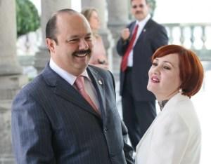Aunque está prófuga, esposa de César Duarte abre negocios en Miami