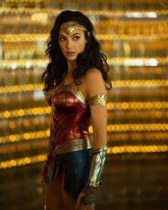 Podrían aplazar de nuevo estreno de Wonder Woman 1984