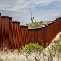 Biden detendrá la construcción del muro al llegar a la Presidencia de EU
