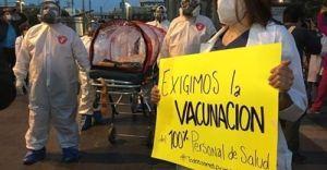 Se manifiesta personal médico de hospitales privados, exigen ser vacunados