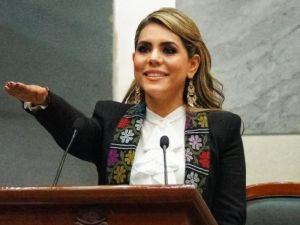 Asume hija de Salgado Macedonio como gobernadora en Guerrero