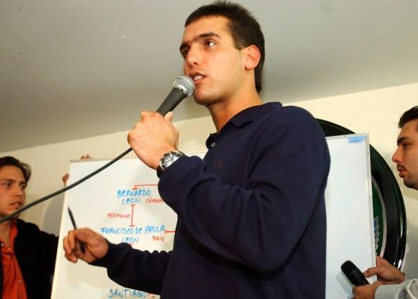 Jorge Emilio González habla durante una conferencia. Esto después del escándalo del video donde se le ve negociando un permiso por 2 millones de dólares.