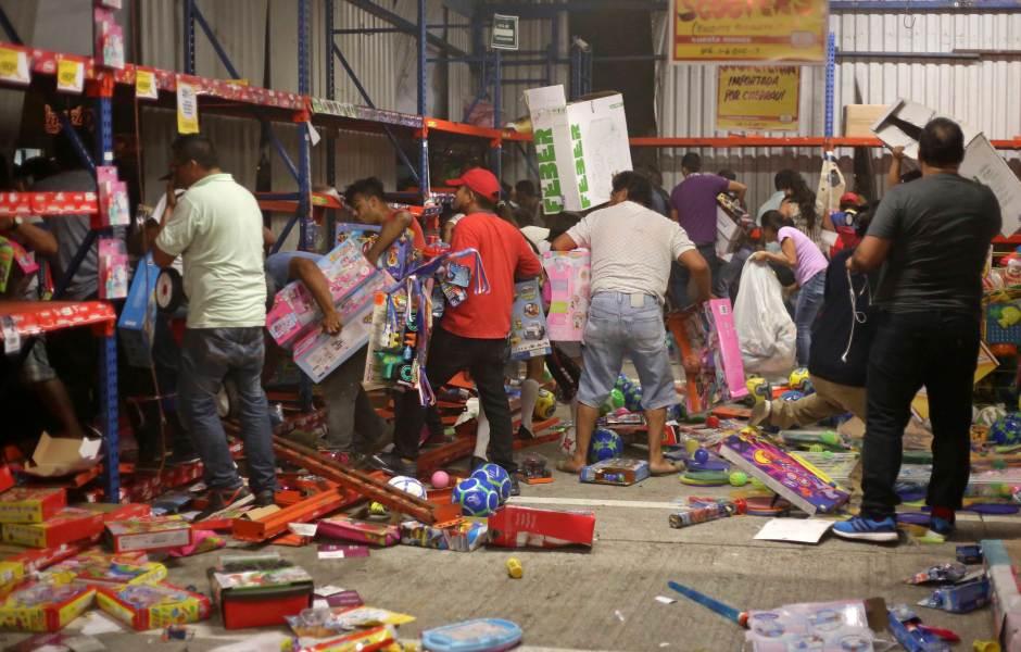 Saqueos en México en enero. Protestas y marchas contra el gasolinazo.