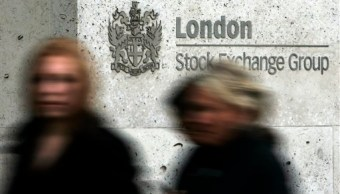 FTSE toca récord; mineras impulsan alza de acciones europeas (AP)