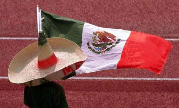 Especialistas y analistas estiman que son millones de personas los que se han sumado a esta nueva forma de manifestación y solidaridad con la bandera de México. (Archivo, Getty Images)