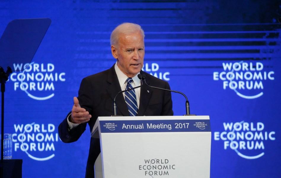 Biden opina que Trump 'envalentonó' a supremacistas blancos
