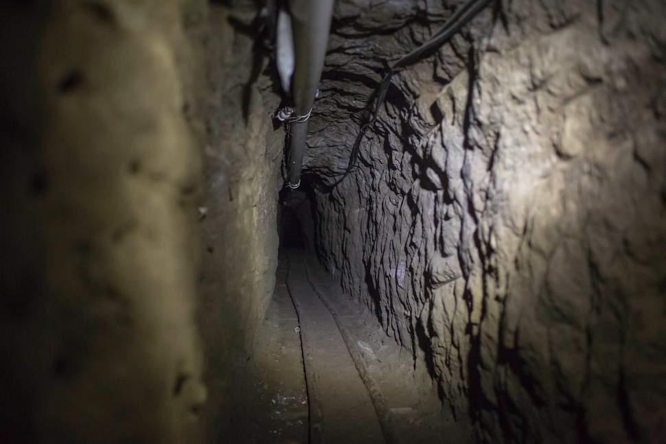 Túnel utilizado por 'El Chapo' para su escape
