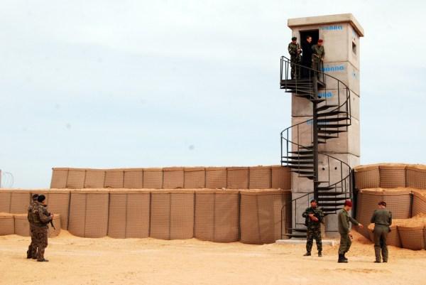 Muro antiyihadista al este de Túnez en la frontera con Libia
