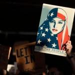 Este fin de semana se registraron numeras protestas en aeropuertos y ciudades de Estados Unidos por las órdenes migratorias firmadas por Donald Trump; éstas son consideradas xenófobas y racistas. (AP)