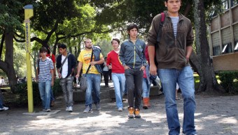 Respecto al Nuevo Modelo Educativo, Javier Treviño dijo que se trata de obtener mejores contenidos, mejor pedagogía, mejores escuelas y mejores maestros (Twitter @UNAM_MX)