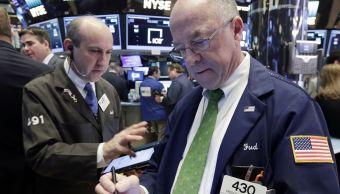 Operadores de la Bolsa de Nueva York. (AP, archivos)