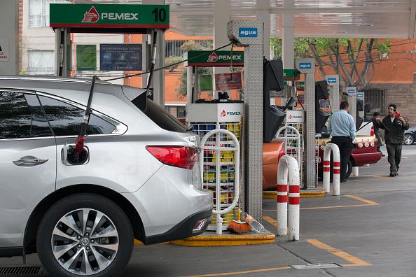 Gasolinera de Pemex en la Ciudad de México. (Getty Images)