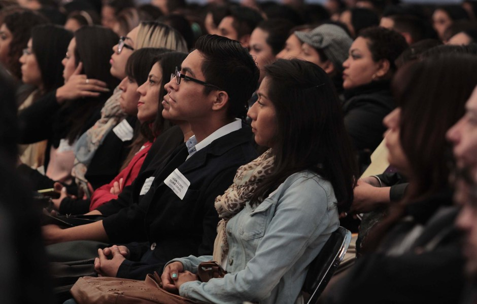 Ceremonia de asignación de plazas docentes a maestros de primaria de la Ciudad de México. (Notimex)