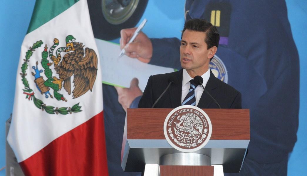 El presidente resaltó la lealtad sin reservas que las Fuerzas Armadas han tenido para defender al país. (Notimex)