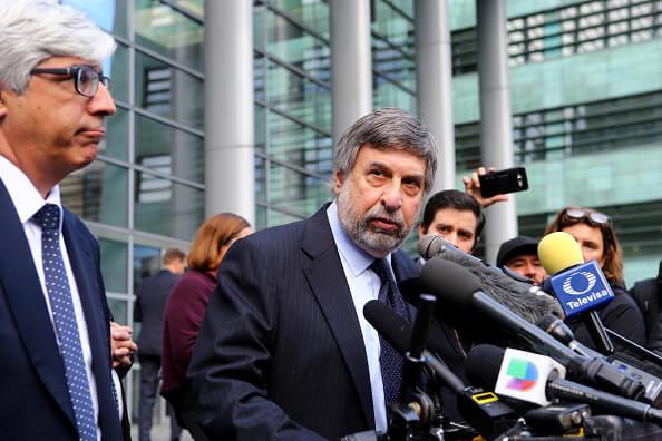 Decenas de personas se manifestaron en apoyo de Daniel Ramírez Medina, a las afueras de la corte