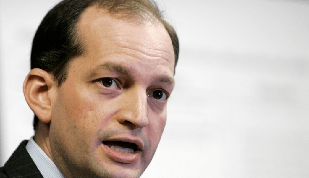 Alexander Acosta, nominado para presidir el Departamento de Trabajo. (AP, archivo)