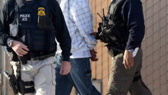 Liberan a pareja de mexicanos detenidos en NY