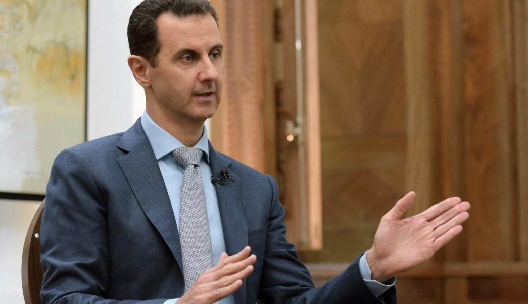 El presidente sirio, Bashar al Assad, dice que el veto de Trump a la entrada de sirios a EU va dirigido a los terroristas, no a los ciudadanos. (Archivo/AP)