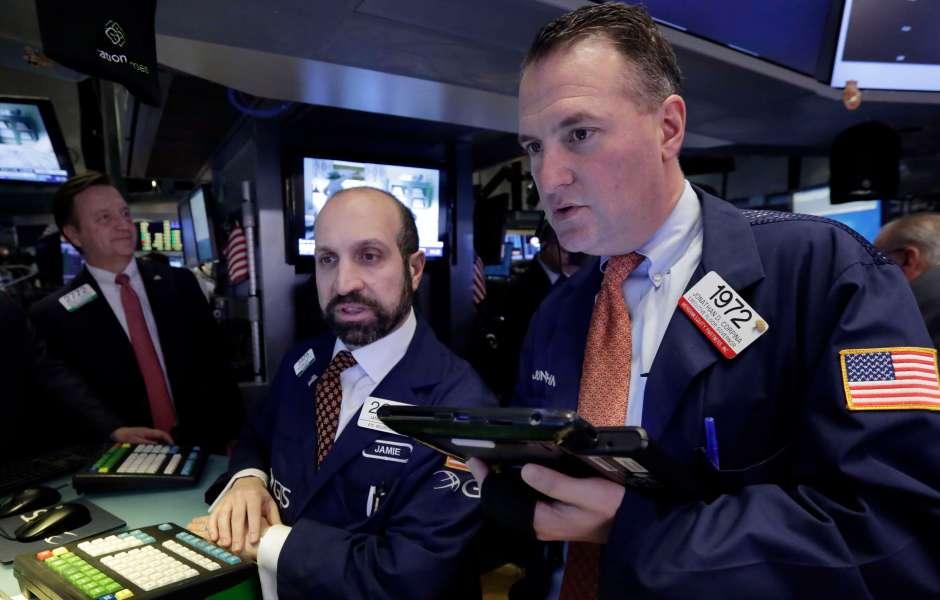 Los reportes corporativos llevaron al mercado bursátil de Estados Unidos a cotizar con ganancias durante la apertura de sesión (AP)