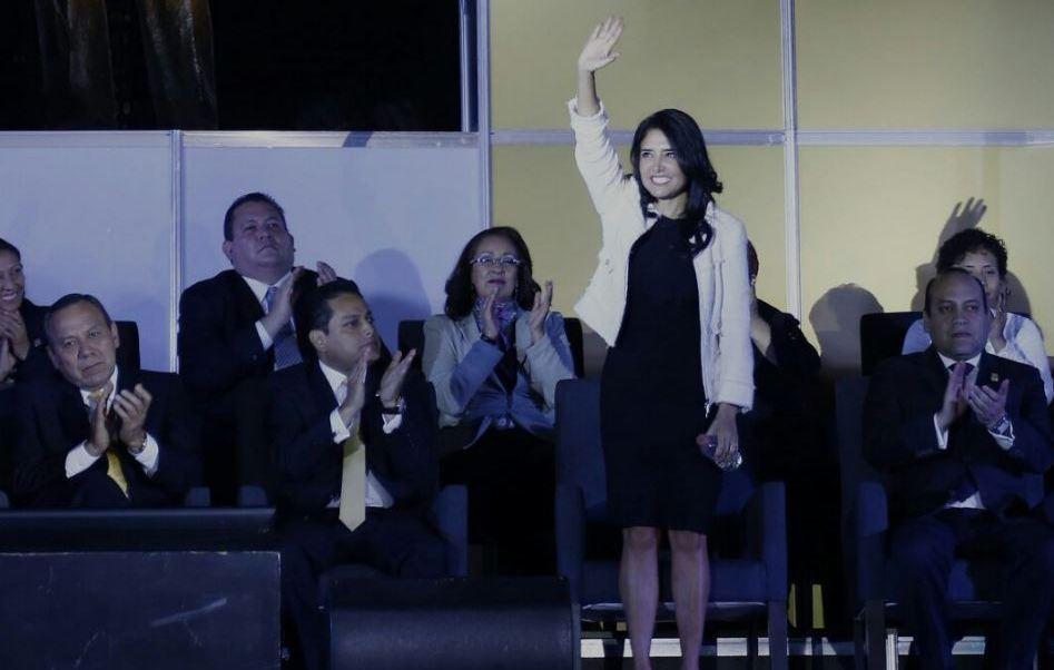 Alejandra Barrales deberá dejar la presidencia del PRD este mismo año porque vence su gestión (Twitter/@Ale_BarralesM/Archivo)