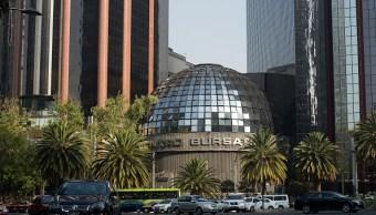 Vista desde fuera de la Bolsa Mexicana de Valores (Getty Images)