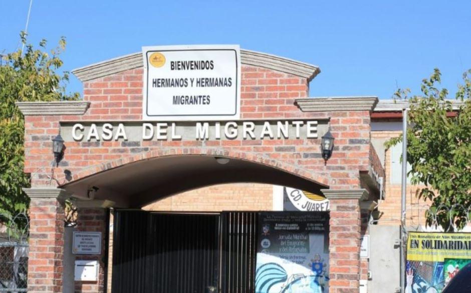 La Casa del Migrante, en Ciudad Juárez, Chihuahua, da albergue a los migrantes de todas las nacionalidades que llegan a la frontera con la intención de cruzar a EU; hoy se prepara para atender a quienes regresen de ese país. (Redes sociales)