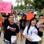 Dreamers en acción en Arizona, desde 2012 organizaciones abogan por los derechos de los inmigrantes (AP, Archivo)