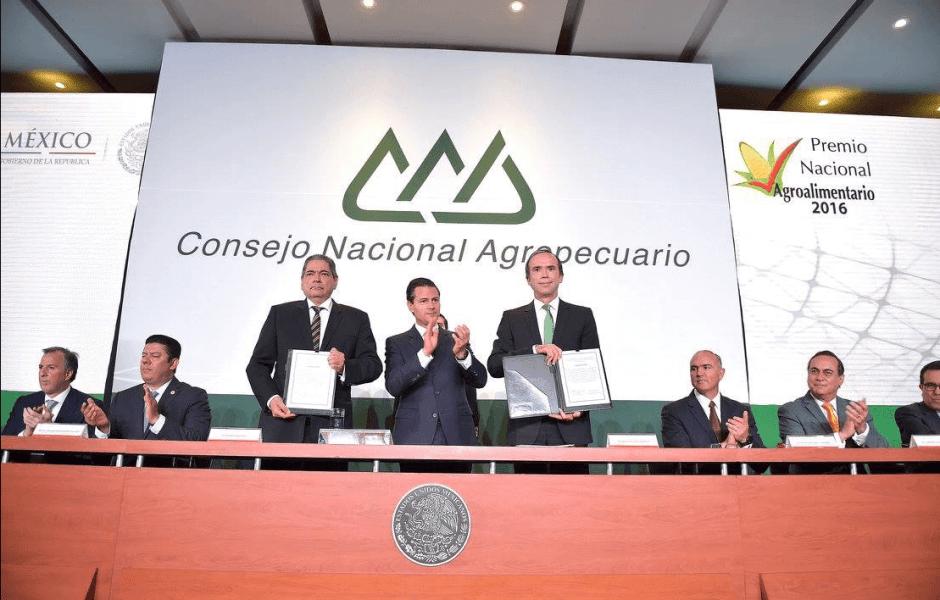 EPN en el Premio Nacional Agroalimentario. (Presidencia de la República)