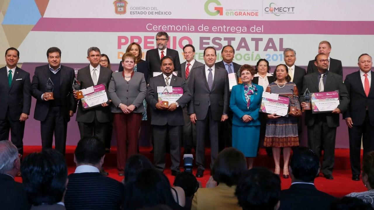 El Premio Estatal de Ciencia y Tecnología 2016, fue recibido por cinco investigadores y dos empresas mexiquenses.