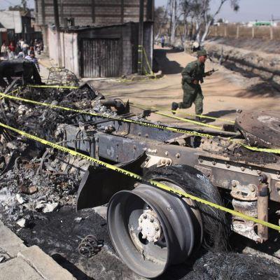 Robo de combustible podría ocasionar otra explosión en Texmelucan, Puebla