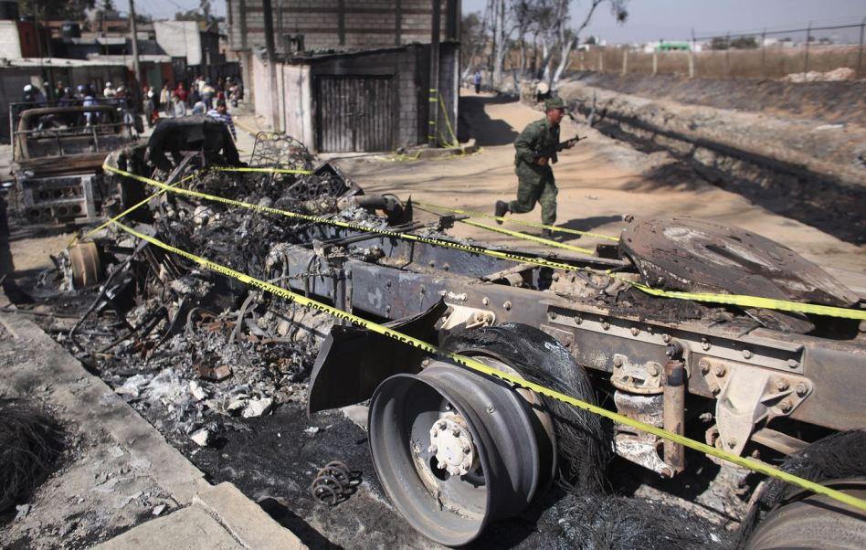 Explosión en San Martín Texmelucan, diciembre de 2010. (AP, archivo)