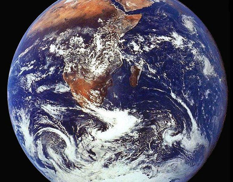 Fotografía del planeta Tierra tomada por la tripulación del Apolo 17.