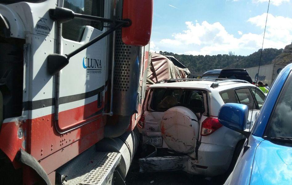 El vehículo de carga, procedente de la Ciudad de México, viajaba con rumbo a Nuevo Laredo, Tamaulipas (Noticieros Televisa )