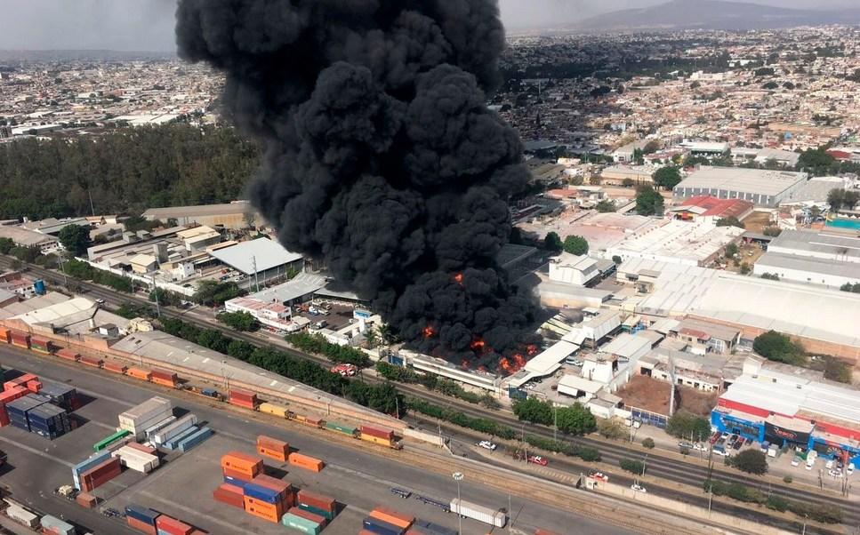 Incendio en fábrica de Guadalajara