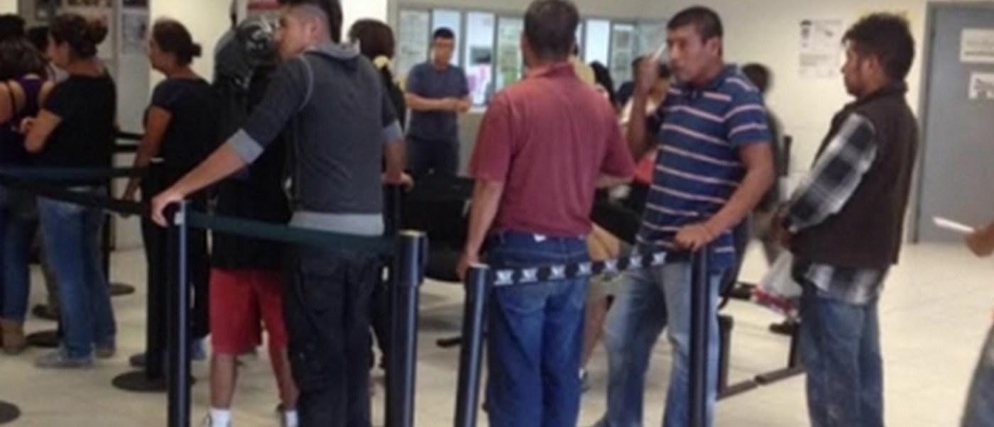 INM verifica nacionalidad de deportados de Estados Unidos (Notimex)
