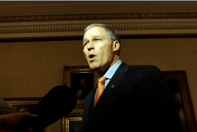 Jay Inslee, gobernador del estado de Washington, Estados Unidos.