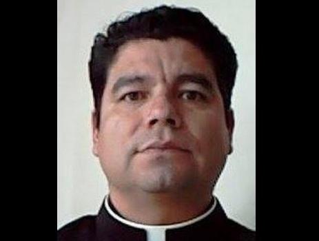 El sacerdote Jorge Raúl Villegas Chávez está acusado por los delitos de abuso sexual, violación calificada y corrupción de menores