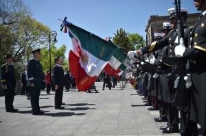 Enrique Peña Nieto encabeza la Marcha de la Lealtad; el Secretario de la Defensa, Salvador Cienfuegos pide cerrar filas en torno al Presidente