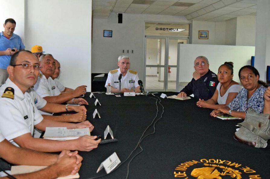 Continúa búsqueda de dos pescadores desaparecidos en Acapulco, Guerrero