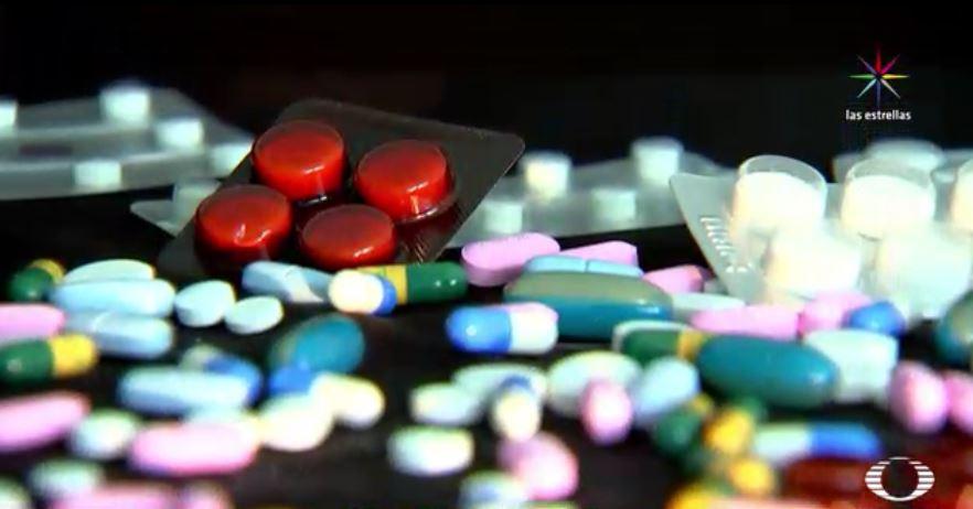 Medicamentos dudosos en inservibles comprados en Guanajuato (Noticieros Televisa)
