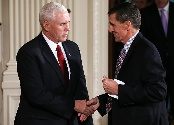 Mike Pence y Michael Flynn
