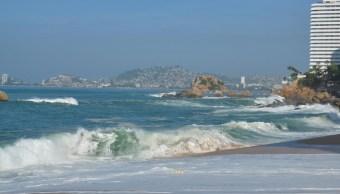En el Pacífico Mexicano hay alerta preventiva por alto oleaje