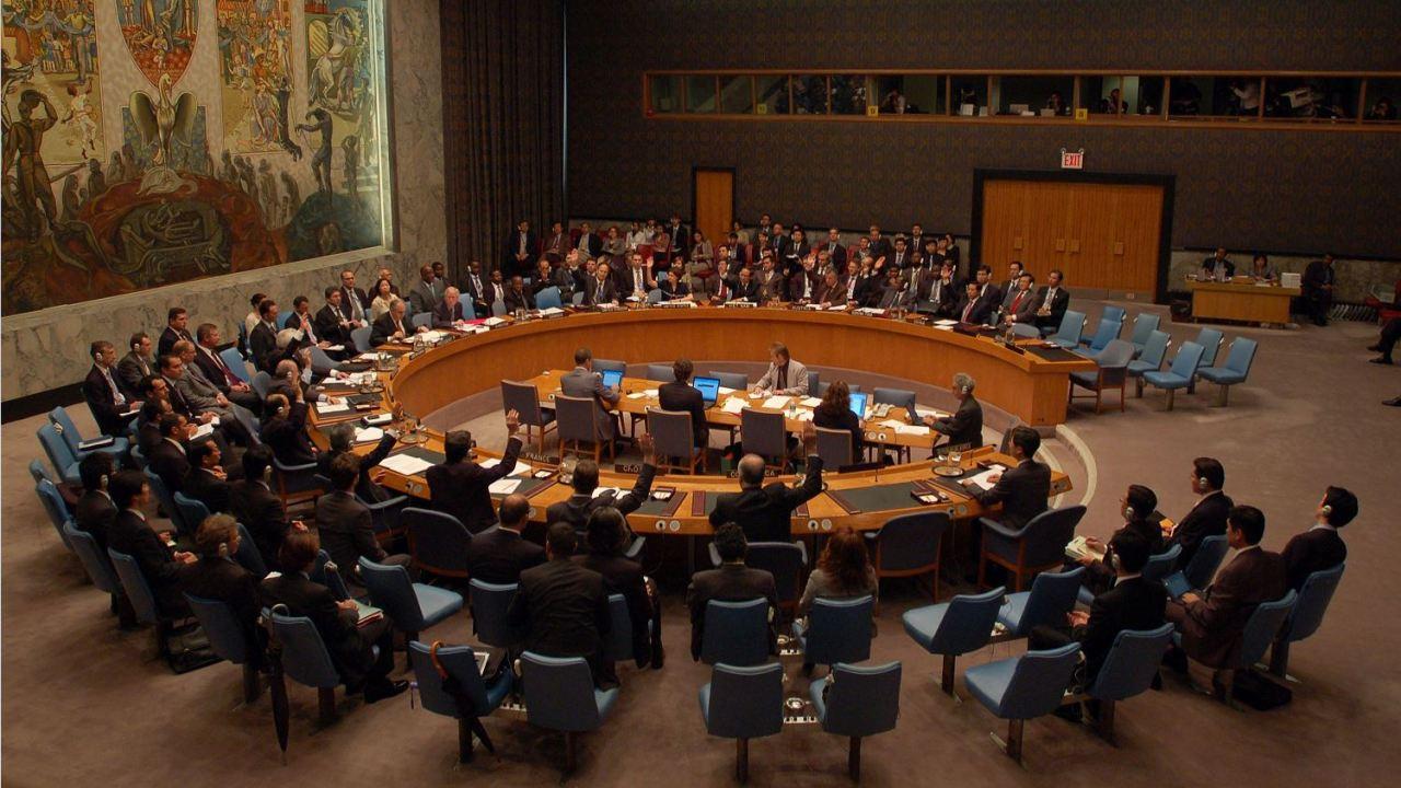 El año pasado, el Consejo de Seguridad de la ONU aprobó 2 paquetes de sanciones contra Corea del Norte después de que detonó 2 bombas atómicas en apenas 8 meses y realizó más de 20 lanzamientos de proyectiles balísticos. (AP, archivo)