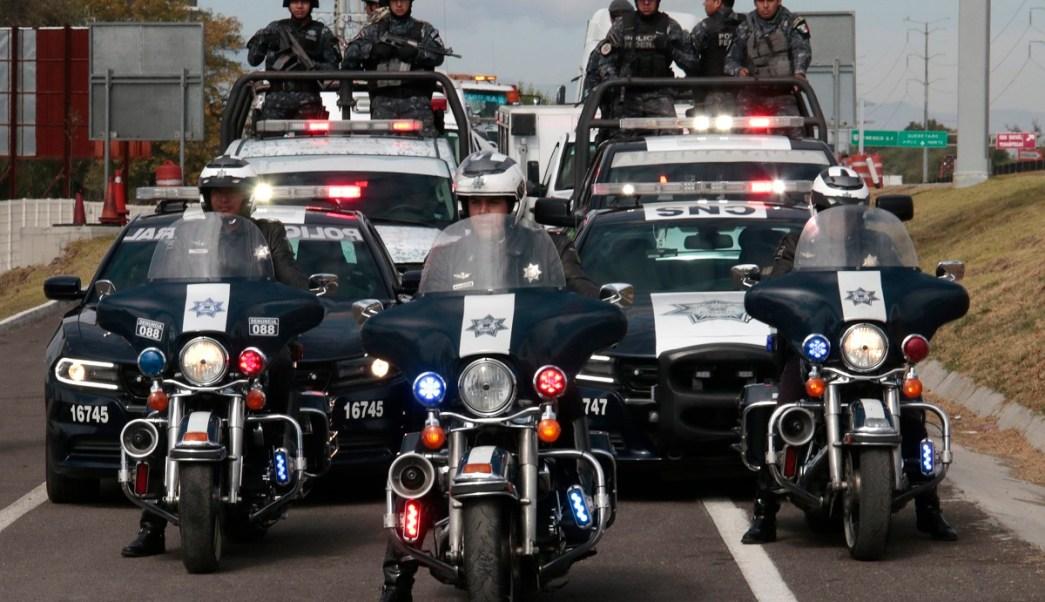 Personal de la Policía Federal realiza patrullajes; la corporación incrementa la vigilancia en la carretera Reynosa-Monterrey para disminuir la delincuencia en la zona