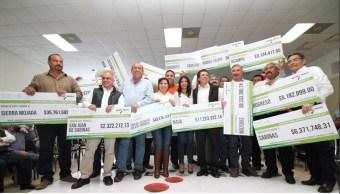 Entrega de recursos del Fondo Minero en Coahuila.