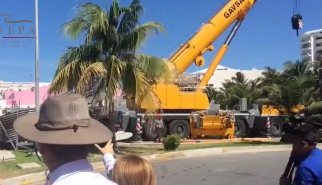 Obras para la construcción de la Rueda Bicentenaria, ubicada en Cancún, Quintana Roo; la Profepa emplaza a los dueños a tramitar la manifestación de impacto ambiental para su funcionamiento