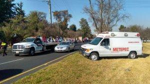 Servicios de emergencia resguardan el paso de la peregrinación de Toluca hacia la CDMX. (Twitter @PcybMetepec)