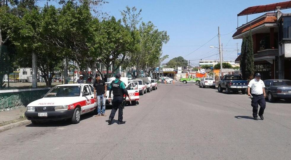 En el Estado de Veracruz dan el servicio de taxi alrededor de 105 mil unidades