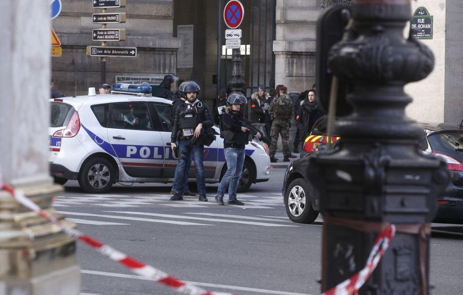 El atacante gritó 'Alá es grande´al perpetrar el atentado contra un militar.